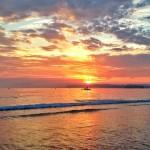 Ver despertar el día con olor a salitre y mar