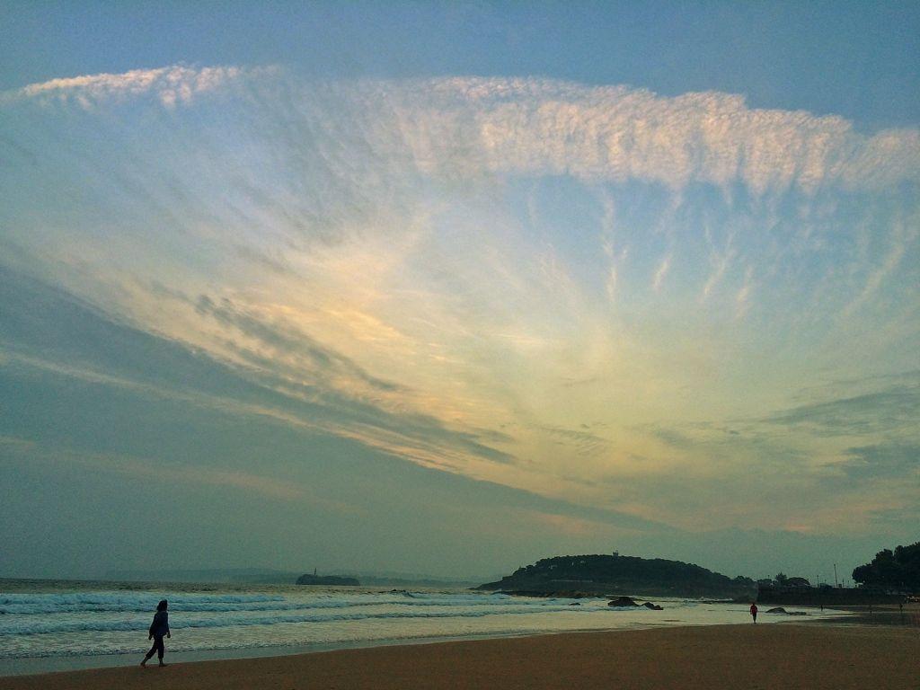 amanecer-sardinero-nube-hongo-santander