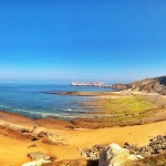 Bajamar en la playa de los Caballos, La Concha en Suances, Usgo, Liencres y Mogro. La mar se aleja de la costa