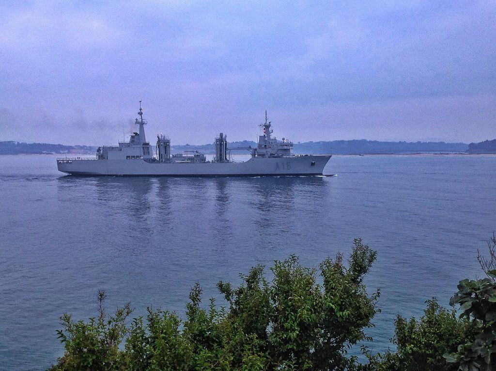 buque-cantabria-bahia-santander