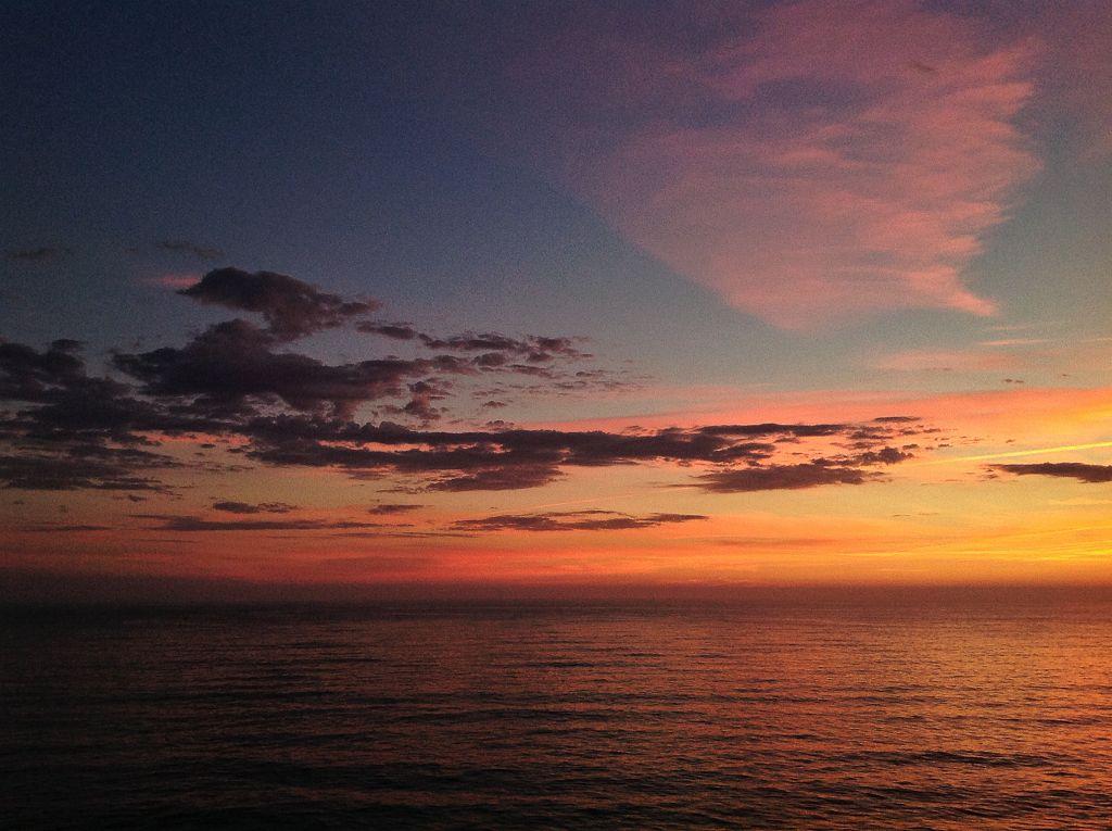 horizonte-naranja-sardinero-santander