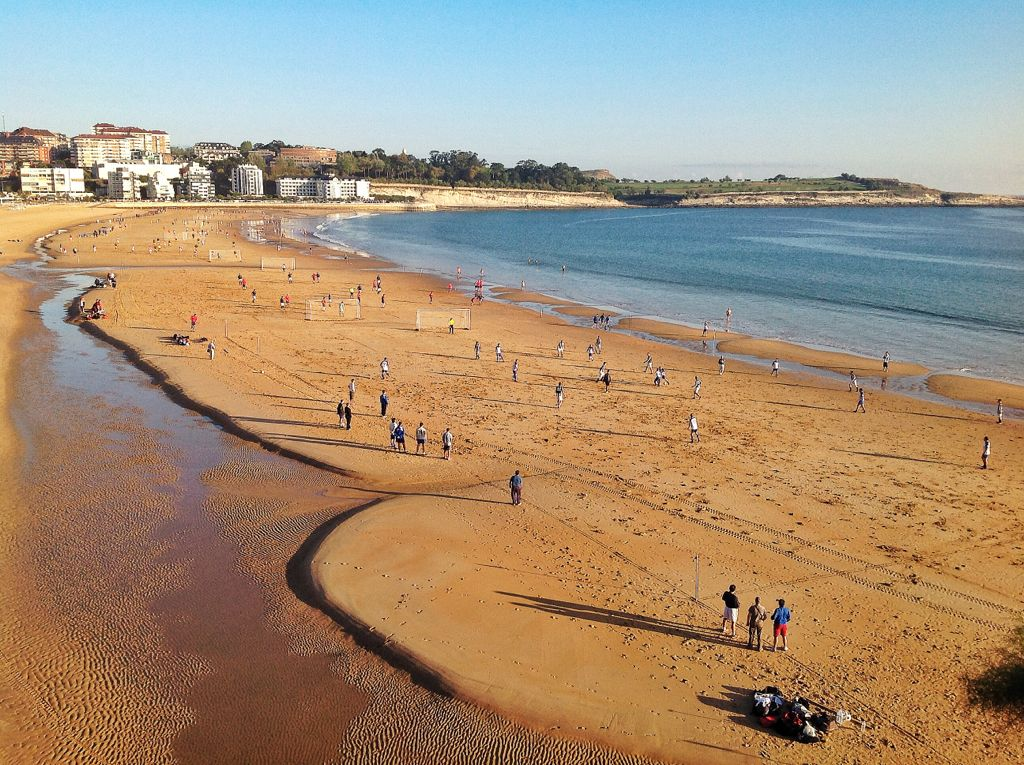liga-futbol-playa-sardinero-santander
