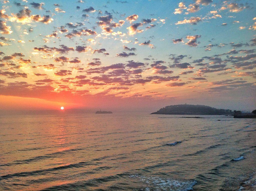 nubes-amanecer-sardinero-colores