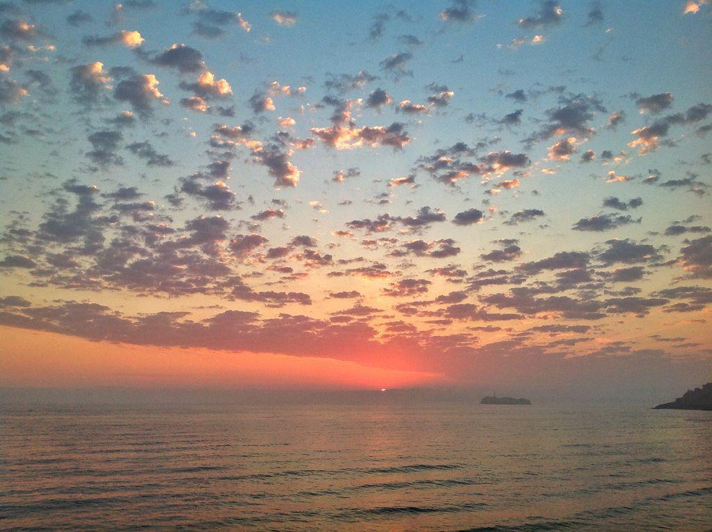 nubes-amanecer-sardinero-santander-cantabria