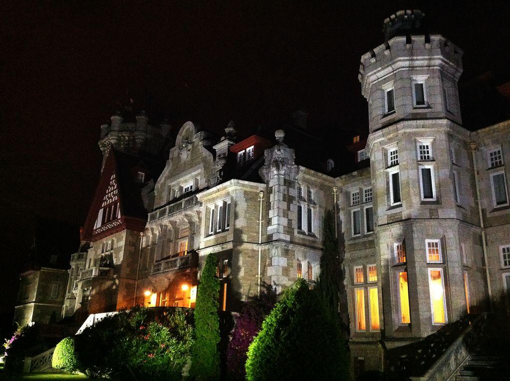 palacio-magdalena-nocturno-santander