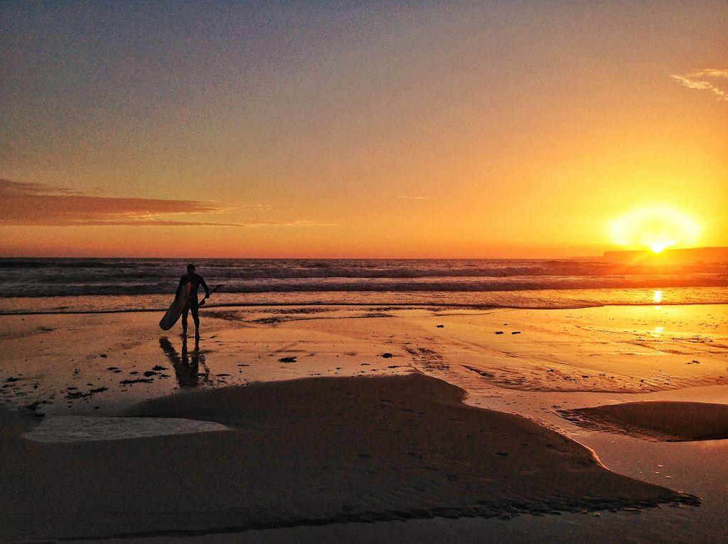 surf-amanecer-sardinero-santander