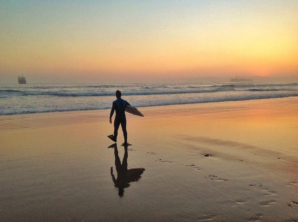 surf-amanecer-sardinero
