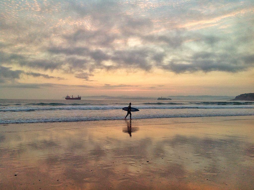 surf-sardinero-amanecer