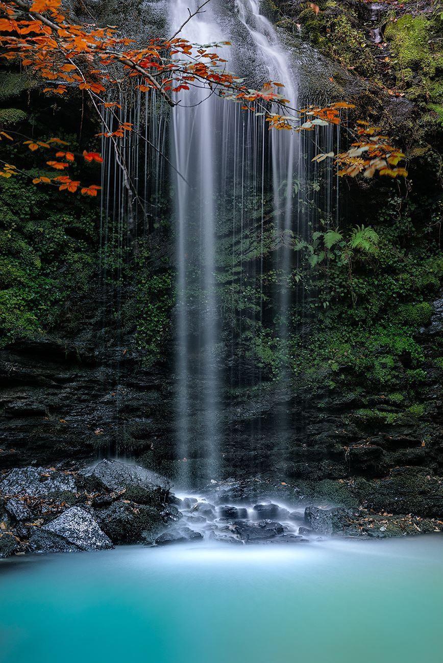 Conoc is las cascadas de lami a en cabu rniga son de una for Fotos cascadas