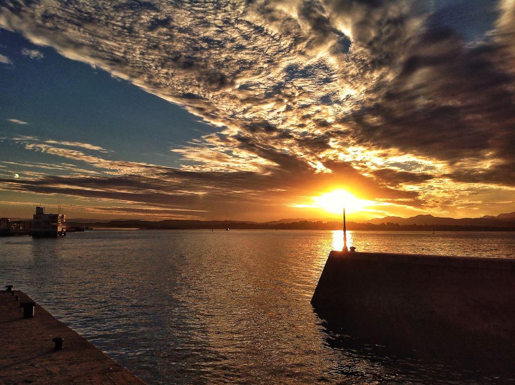 farola-luz-sol-santander