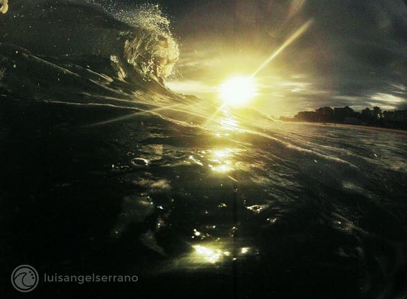 ola-sardinero-luis-angel-serrano