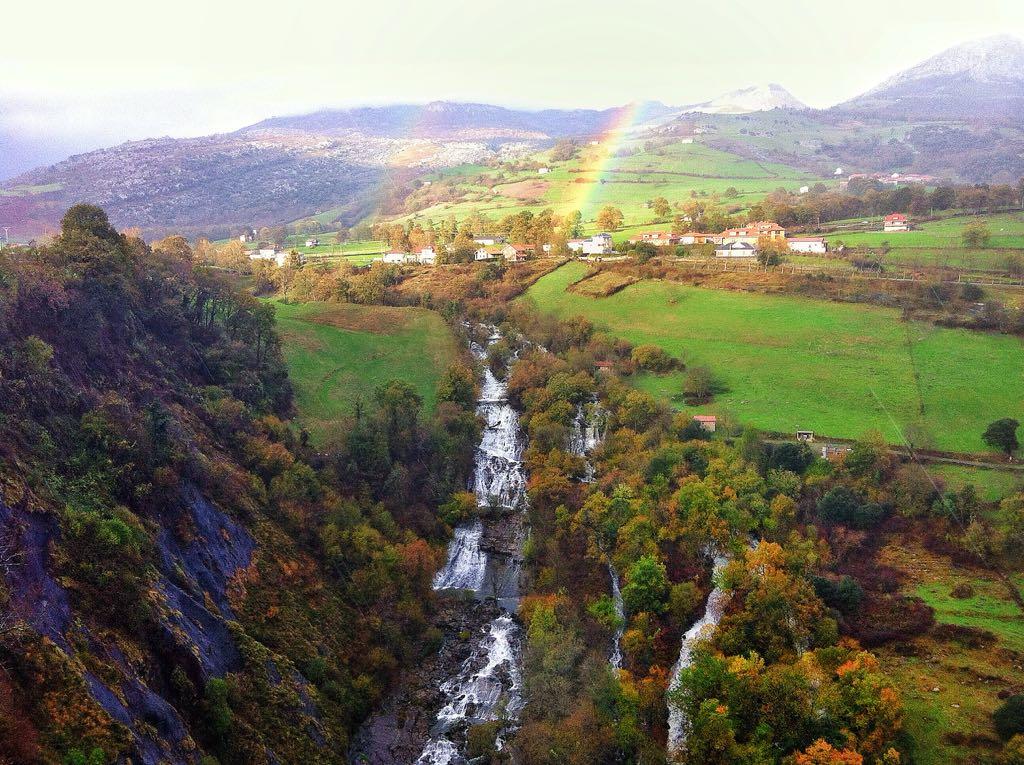 cascadas-gandara-arco-iris-daniel-alonso