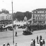 El casino de Sardinero en plena construcción. Ambientazo en el Sardinero en 1915