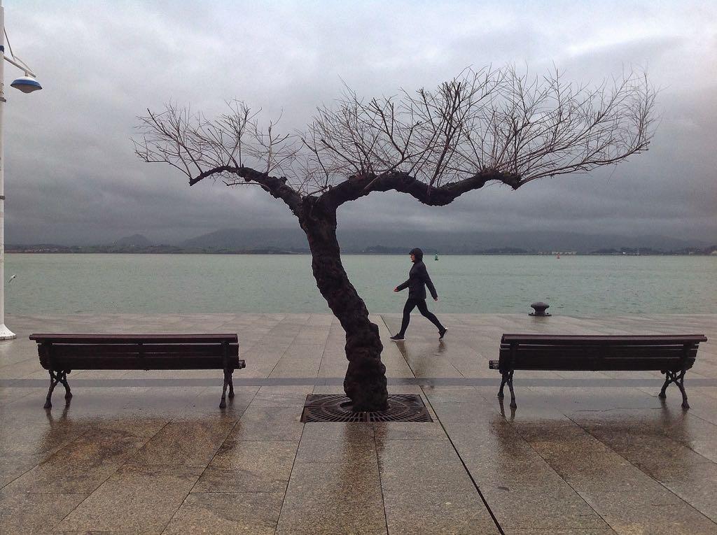 paseo-muelle-calderon-santander-lluvia