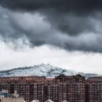 El pico Llen con manto blanco