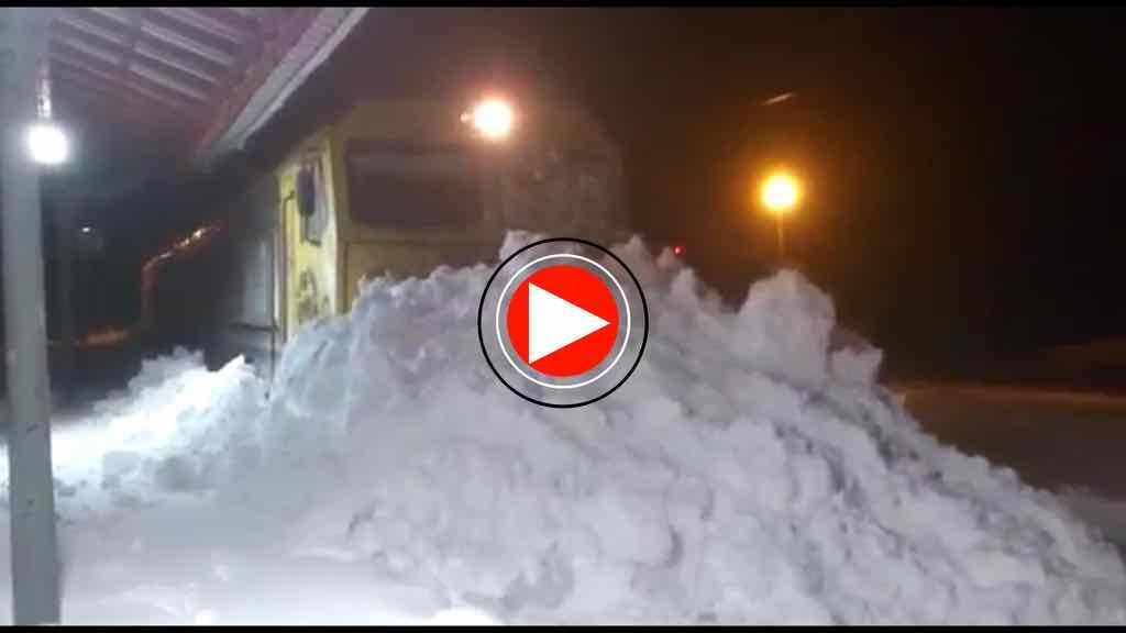video-tren-reinosa-nieve