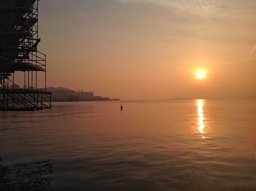 amanecer-sol-centro-botin