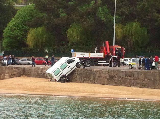 furgoneta-peligros-santander