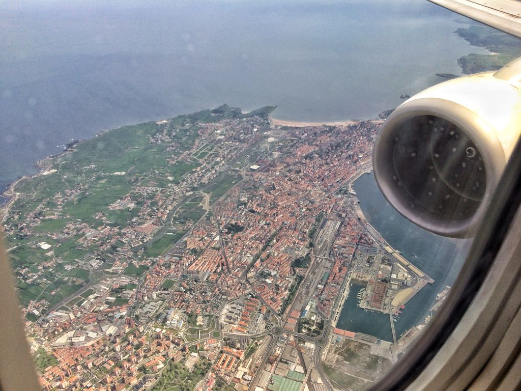 puerto-santander-avion