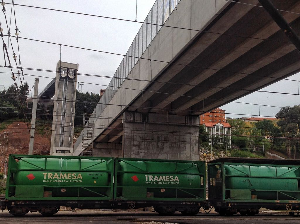 pasarela-trenes-santander