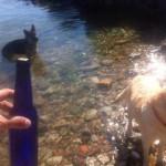 Un mensaje en una botella lanzado hace un año en Groenlandia llegó ayer a San Juan de la Canal