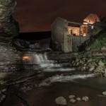 La cascada de El Bolao en modo nocturno