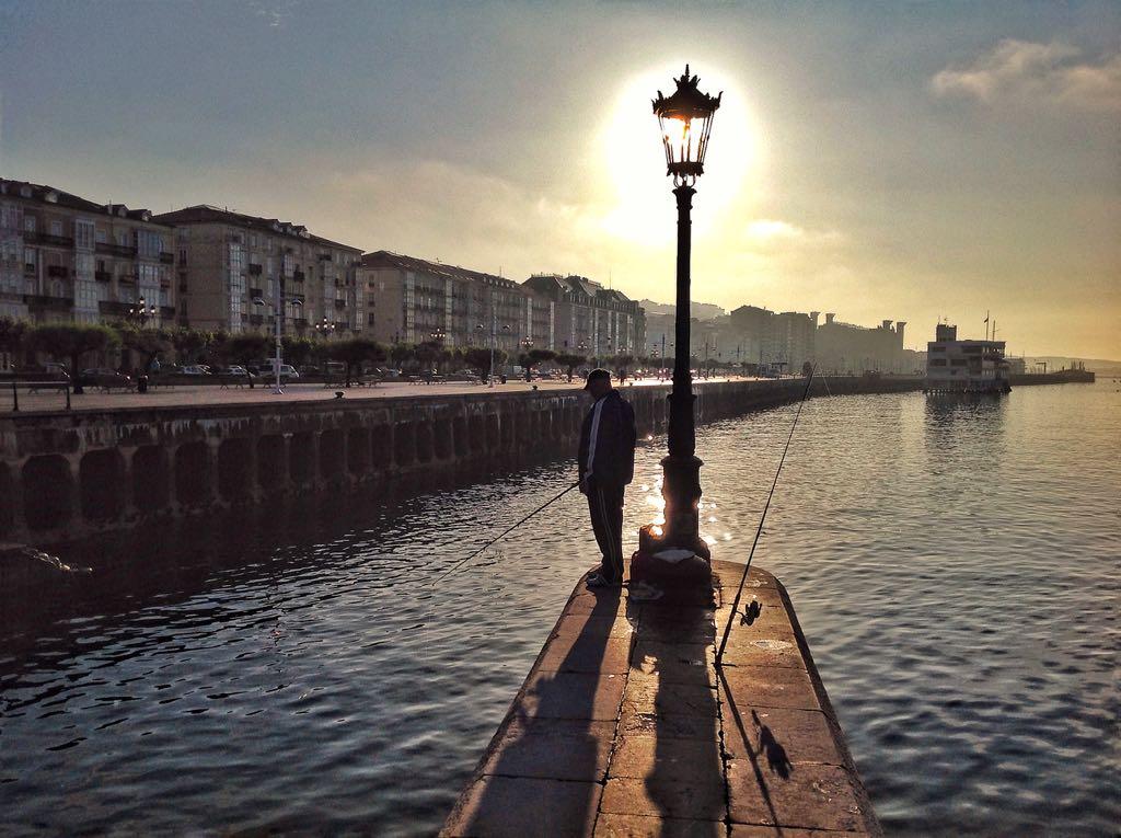 pesca-farola-santander