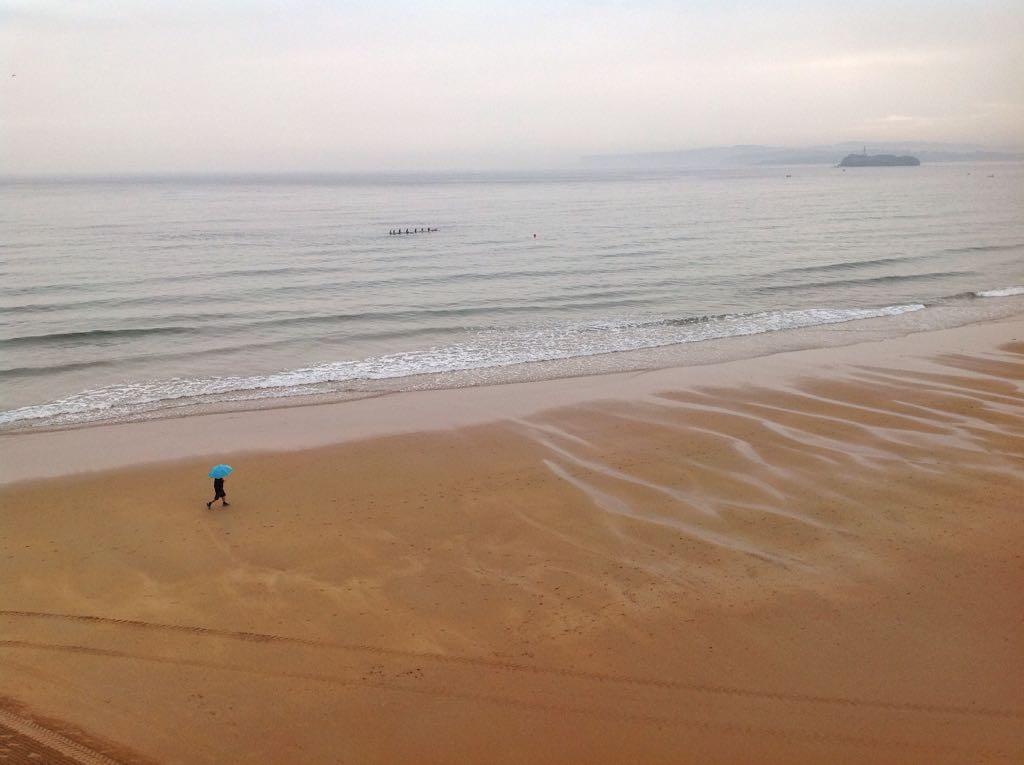 playa-lluvia-santander