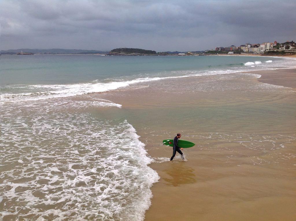 surf-olas-santander-otono