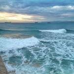 El abra del Sardinero. Con olas y sin olas