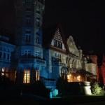 El palacio de la Magdalena se viste con los colores de la bandera de Francia