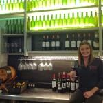Leticia Vila, sumiller de Bodega la Montaña y Santa Luzia, vive atrapada por el vino