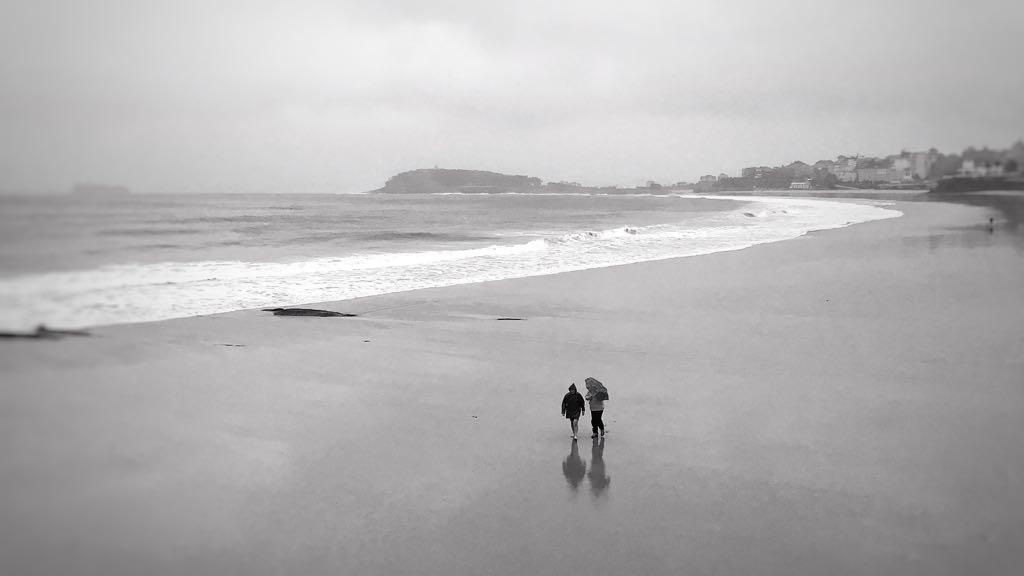 paseo-lluvia-sardinero