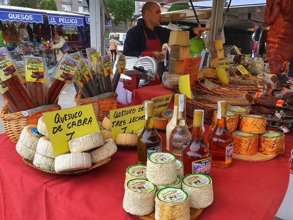 mercado-torrelavega-quesucos