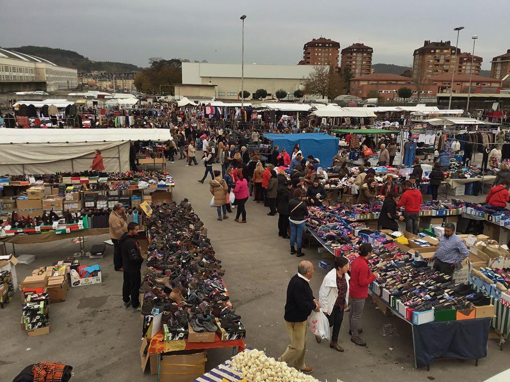 mercado-torrelavega-ropa