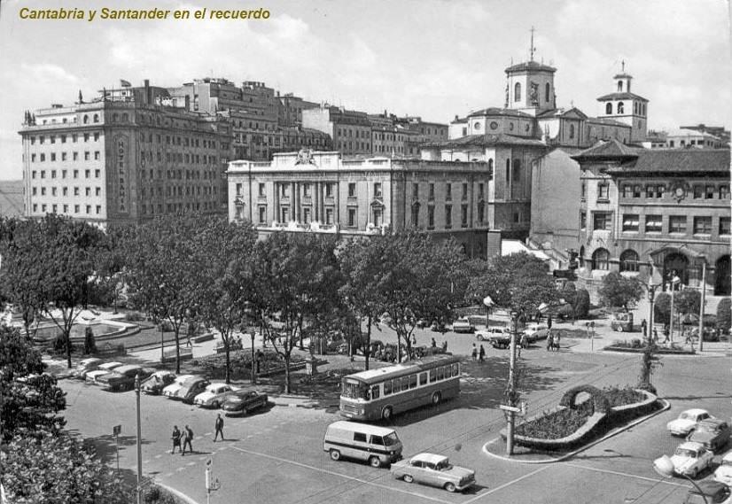 plaza-farolas