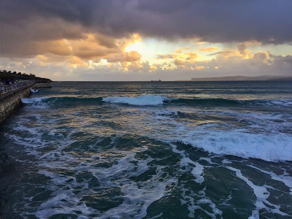 surf-amanecer-santander