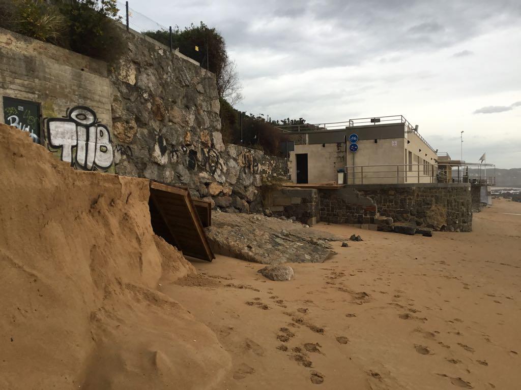 destrozos-temporal-playa-magdalena-pasarela