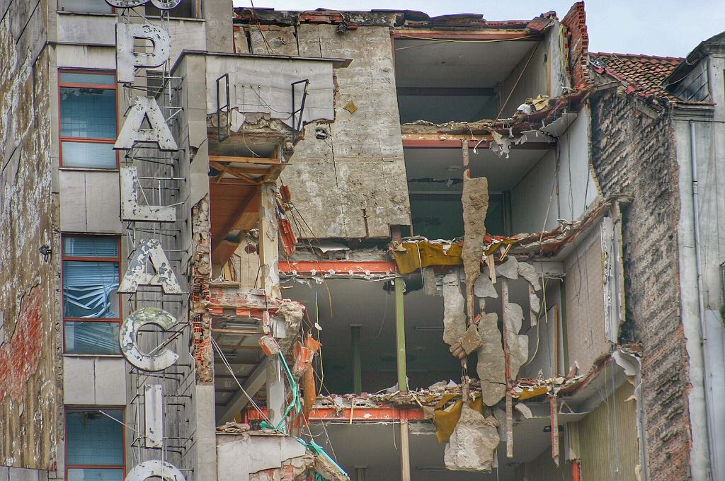 palacio-mueble-derrumbe