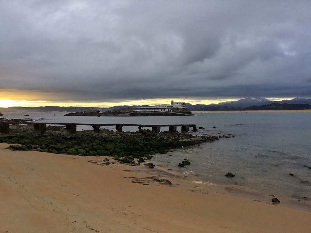 playa-mar-nieve-santander
