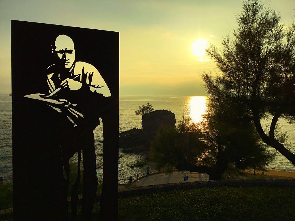 amanecer-sardinero-escultura