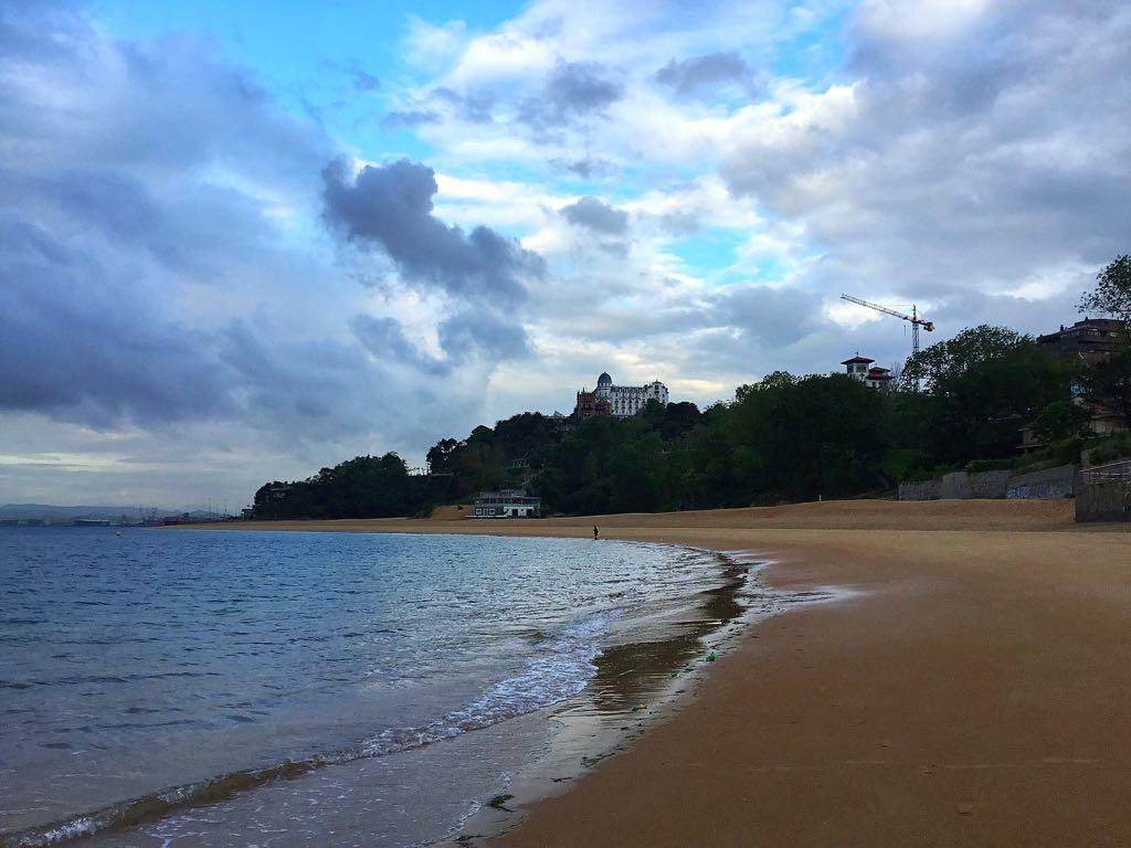 bahia-nubes-claros-santander