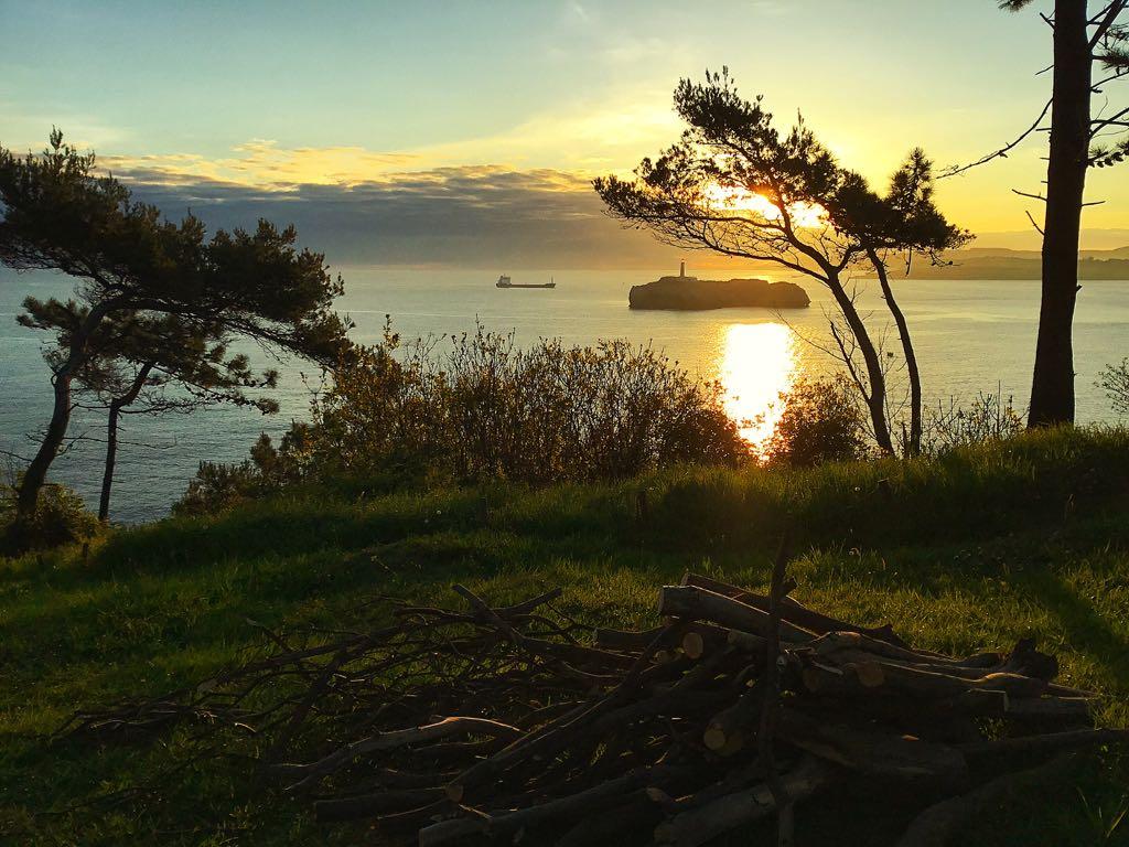 mouro-amanecer-buque-bahia-santander