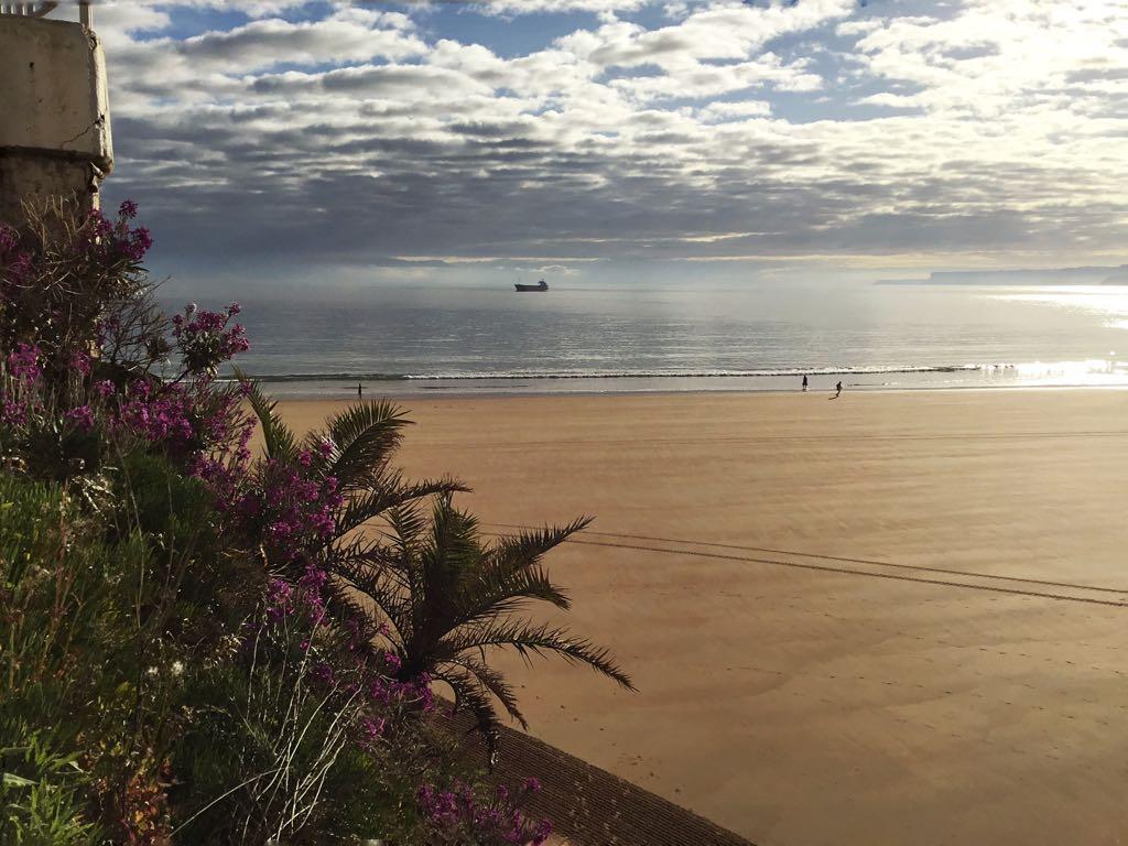 sardinero-paseo-mar-calma