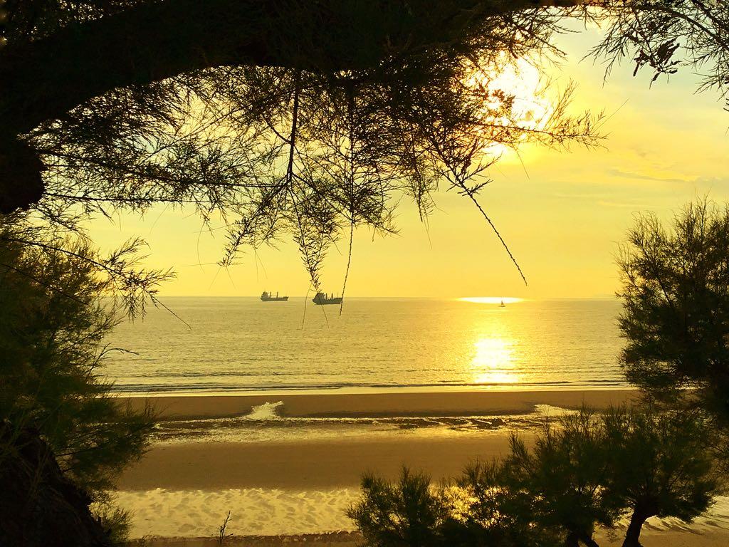 abra-sardinero-amanecer