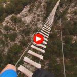 El puente de la via ferrata del desfiladero de La Hermida en 360º