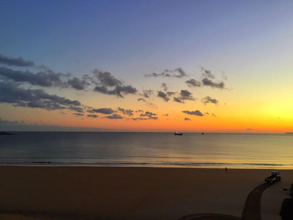 amanecer-barcos-sardinero