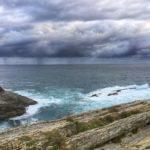 Cortinas de agua sobre el horizonte vistas desde Cabo Menor