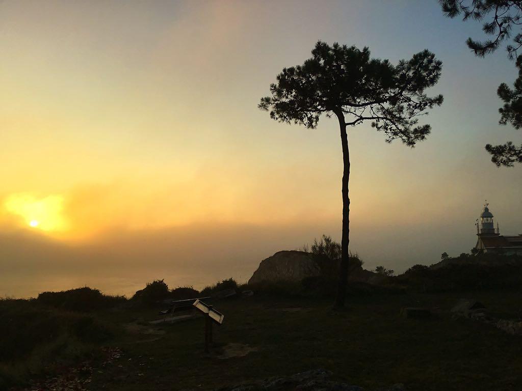 niebla-faro-santander