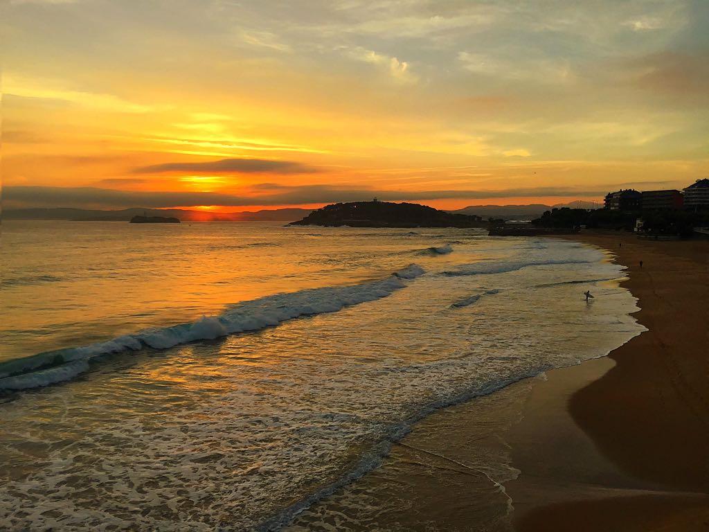 santander-surf-sardinero-amanecer